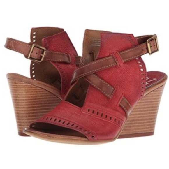 fe6e6efd85a Miz Mooz Kipling Sandals 40 Leather Block Wedges. M_5c20684603087c06d7dc988c